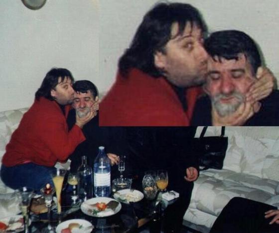 Иво Карамански целува Вежди Рашидов