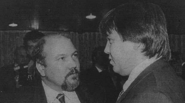 Лидера на Софийската организация на БСП Александър Маринов и Илия Павлов.