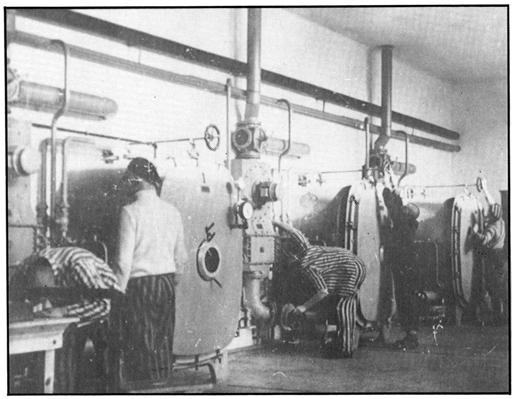 Както виждаме затворниците сами са ползвали специалните помещения с вентилационни системи и специални камери за дезинфекция.