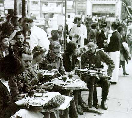 Германски войници в Париж