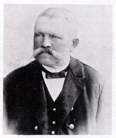 Алоис Хитлер (роден Алоис Шикългрубър (Schicklgruber) - 07 юни 1837 - 03 януари 1903 г.