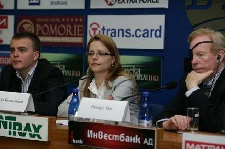 Ричард Ран отново в България през май 2010. В ляво от него са Светла Костадинова и Петър Ганев.