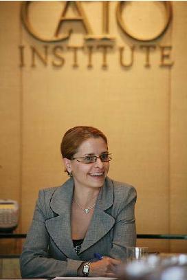 Светла Костадинова изнася лекция пред мозъчния тръст CATO Institute на 17 юли 2008.