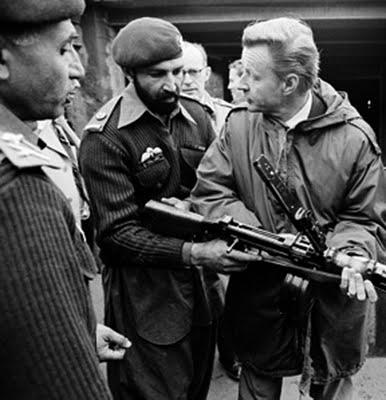 Osama-bin-Laden-con-Zbigniew-Brzezinski-002