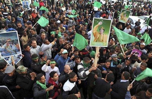 pro-gaddafi-supporters