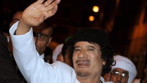 topTeaser_crop_Muammar-al-Gaddafi-Archivfoto-vom-16.11.2009-herrscht-seit-mehr-als-vier-Jahrzehnten-in-Libyen