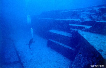 Pyramids-Under-Water-Sea-Mountains-History-Ancient-Aliens-Explained
