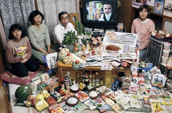 Япония, бюджет: 37,699 йени; $317.25