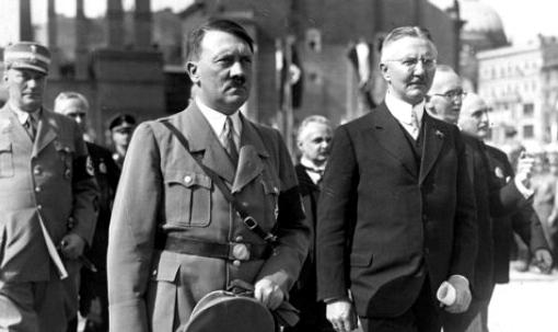 Адолф Хитлер и