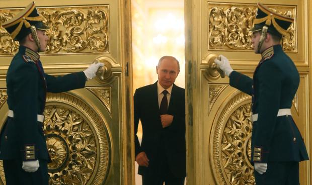 Gold-Doors-Putin