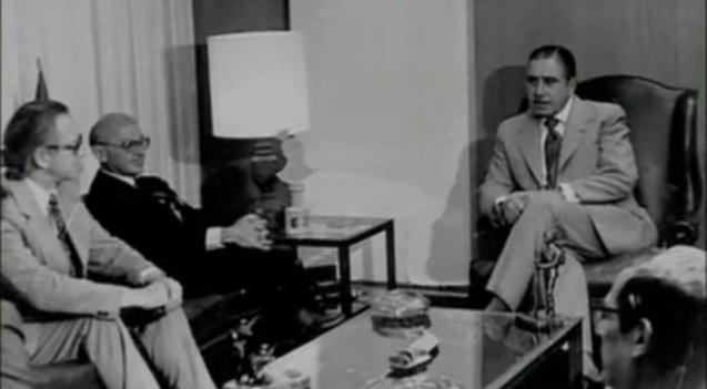 Милтън Фрийдман посещава чилийския диктатор Аугусто Пиночет през 1975 г.