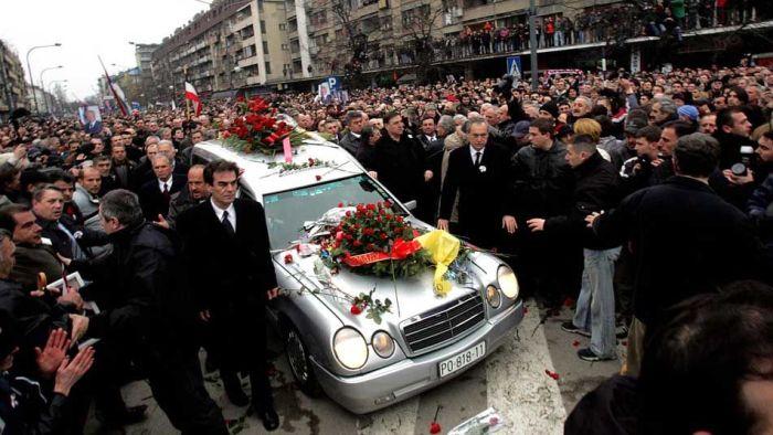 Сбогуване със Слободан Милошевич, последния непродажен европейски президент.