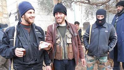 След войната лагерите за обучение на терористи в Косово продължиха да работят. На снимката са трима либийски терористи, които казаха, че те са в лагера за да подкрепят своите братя (Ислямска държава днес) в Сирия.