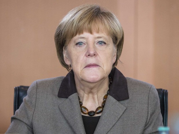 angela-merkel-dogface-bitch-618x464