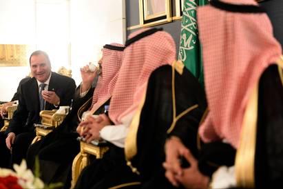 На снимката: Левен и саудитците