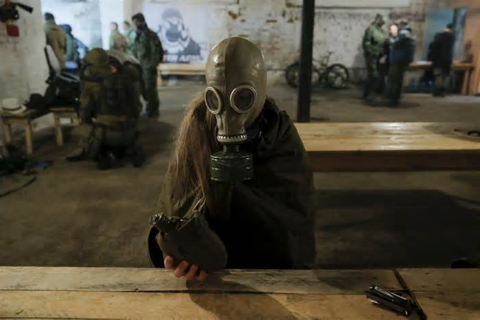 russia-is-building-fallout-shelters-to-prepare-for-a-potential-nuclear-strike_1476695816